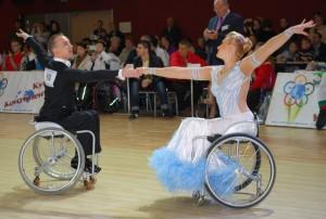 Танцы на колясках 4118dd1cf26df428